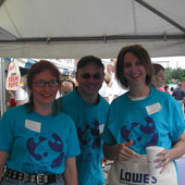 Lynn, along with other members of the firm, volunteered at a beverage booth at the 2006 Columbus Arts Festival with all proceeds being donated to the Children's Hunger Alliance.